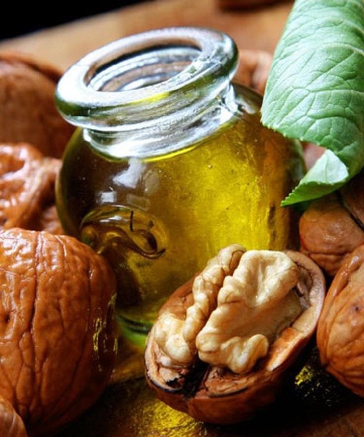 Очень эффективный компресс из листьев, скорлупы и перегородок грецкого ореха для лечения щитовидной железы