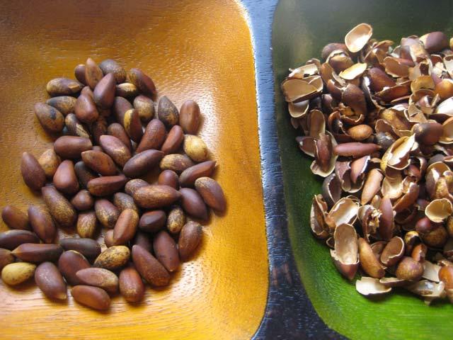 Кедровые орехи для лечения кисты печени народными средствами