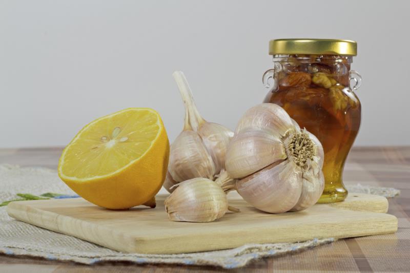 Лимон - чеснок - мед: рецепт приготовления и польза для ...