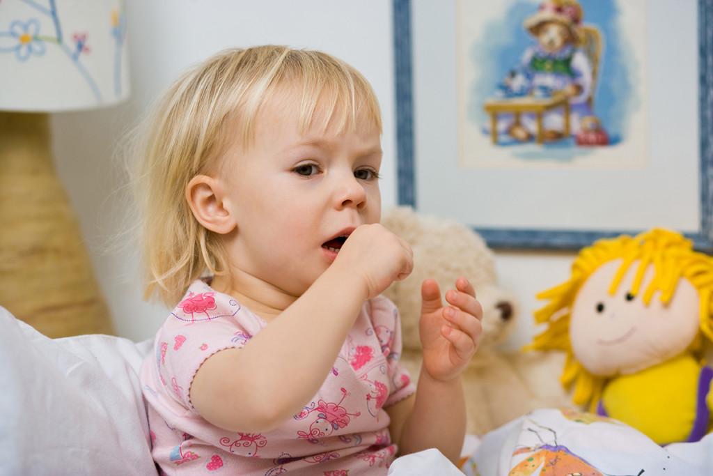Лечение сухого и влажного кашля у детей народными средствами